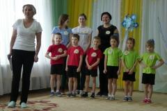 Die Sportbetreuerinnen mit einer kleinen Wettkampfgruppe